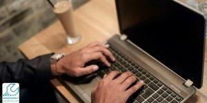 سیاه شدن صفحه لپ تاپ دل